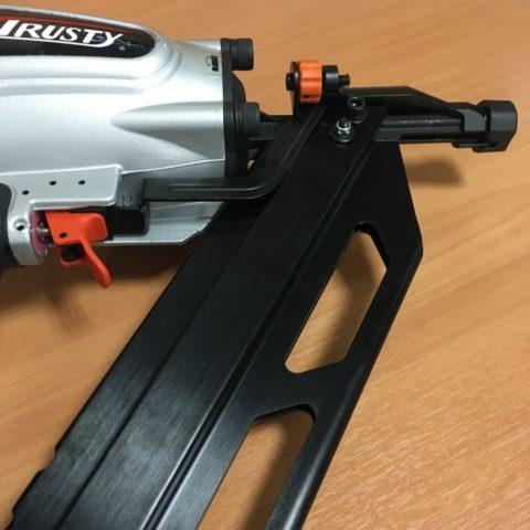 Выбор и рейтинг пневматических, электрических гвоздезабивных пистолетов