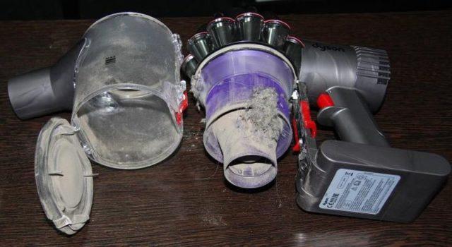 Почему пылесос очень громко работает, гудит, шумит и греется