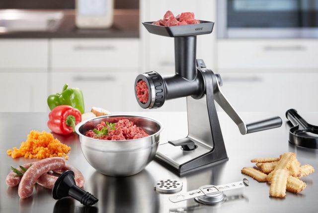 Что выбрать – мясорубку или кухонный комбайн