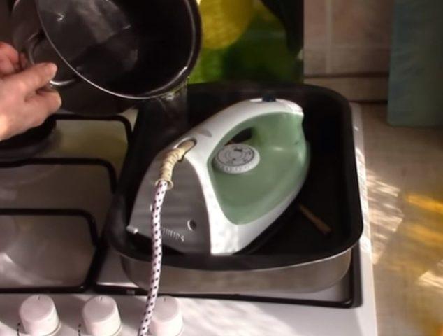 Чистка утюга от накипи уксусом в домашних условиях