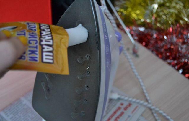 Как очистить подошву утюга с тефлоновым покрытием в домашних условиях