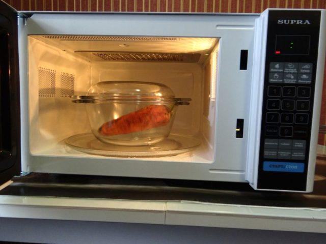 Почему и что делать, если не крутится тарелка в микроволновке