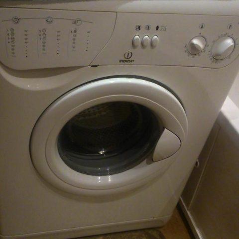 Ошибка F12 на стиральной машине Индезит (Indesit)