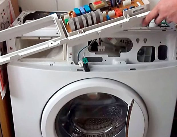 Ошибка F12 на стиральной машине Аристон Хотпоинт (Ariston Hotpoint)