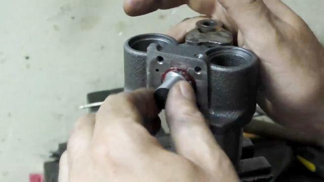 Как сделать станок из ручного лобзика своими руками
